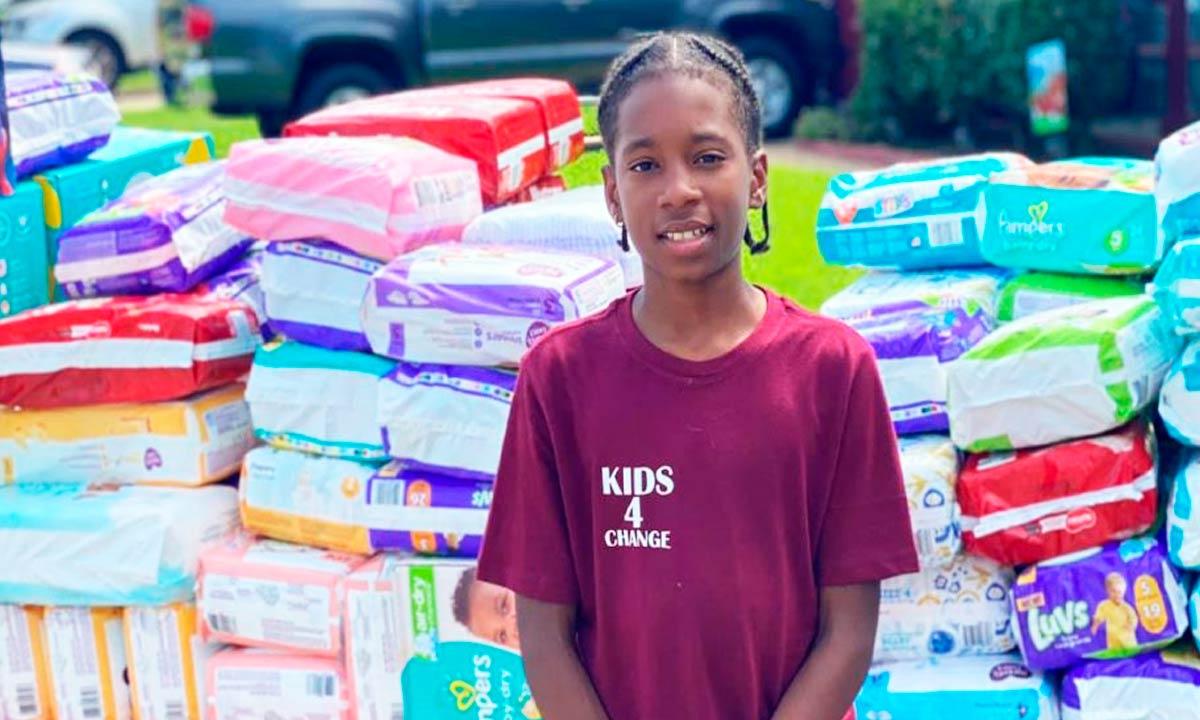 Menino de 11 anos doa 22 mil fraldas para mães solteiras com dinheiro de sua barraca de limonada